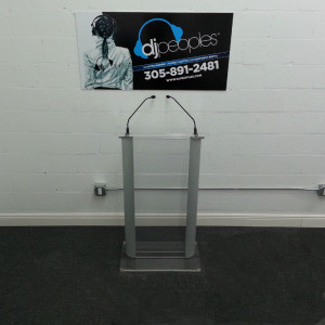 plexiglass-podium-rental-front